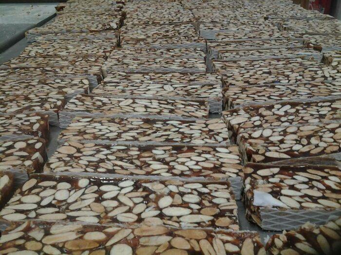 Nougat noir de Provence - le meilleur nougat de qualité en vente en ligne - prix du nougat au kilo