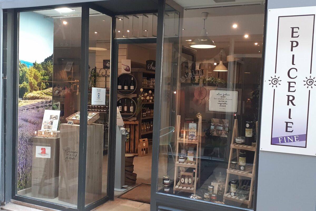 Façade de la boutique Laurmar à Avignon - nougat artisanale