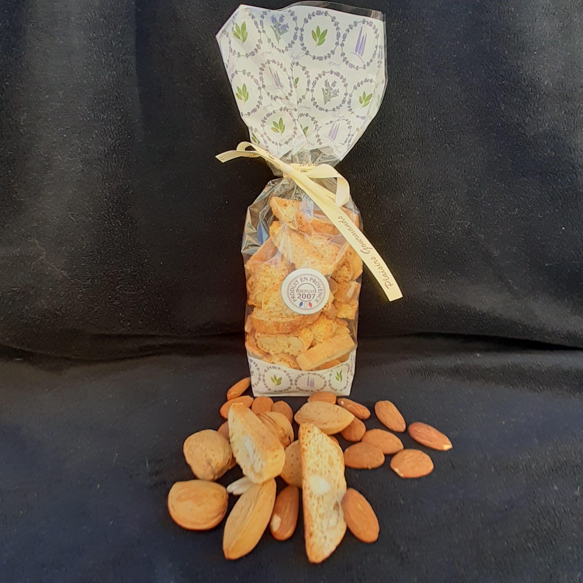 Croquants aux amandes à Avignon et Caumont sur Durance - Laurmar - Au bon goût d'amandes torréfiées au savoir-faire artisanal.