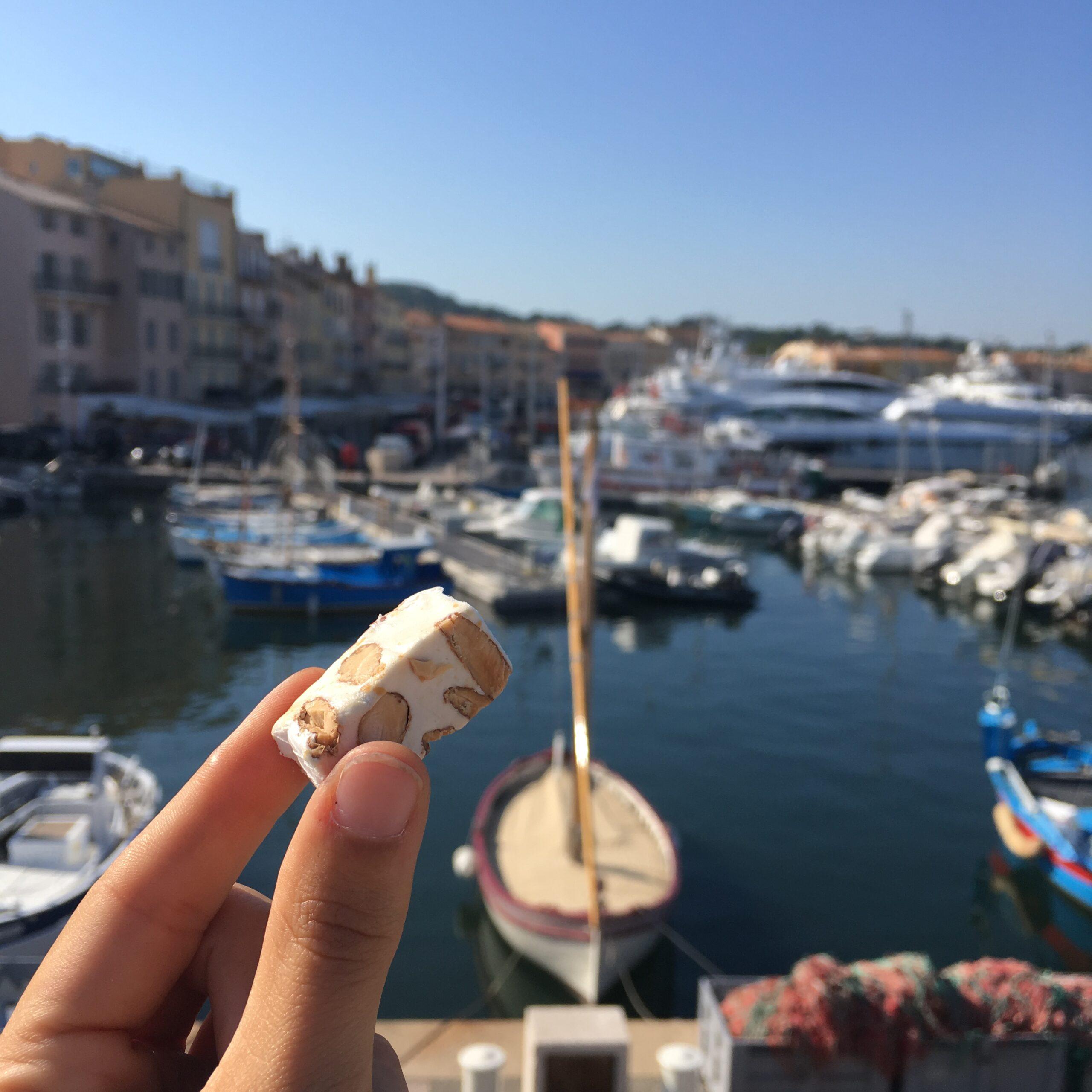 Nougat blanc tendre de Provence en domino. Achat nougat en ligne - prix du nougat