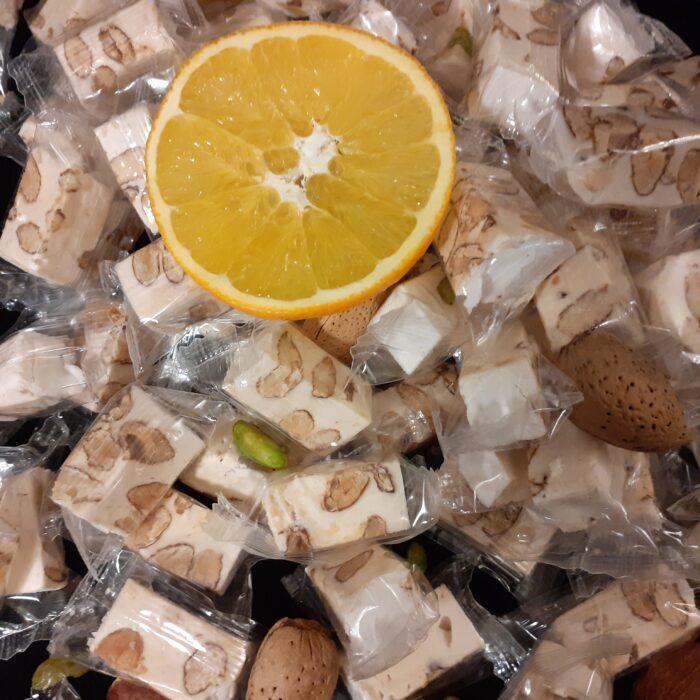 Nougat de Provence - Meilleur prix de nougat en vente en ligne - Photo du nougat de Provence à l'orange